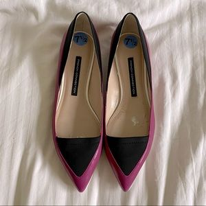French Connection Doris pointy toe pink/black flat